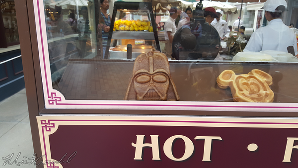 Disneyland Resort, Hong Kong Disneyland, Main Street USA, Star Wars, Waffle, Darth Vader, Darth, Vader