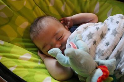 20140617 Sleeping like Dad