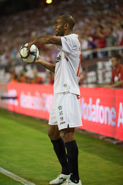 Kanoute about to perform a throw in. Spanish League game between Sevilla FC and Real Madrid, Sanchez Pizjuan Stadium, Seville, Spain, 4 October 2009
