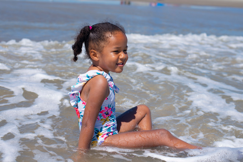 20190722 Sophia At Beach 055Ed.jpg