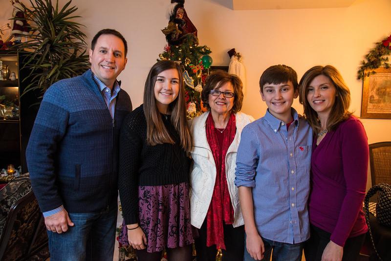 Family2013 (346 of 368).jpg