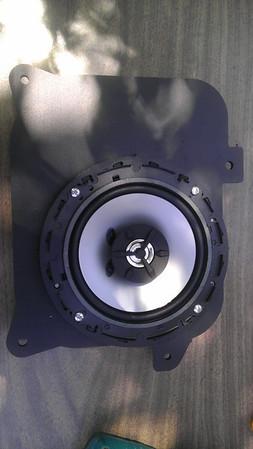 1999 Lexus GS400 Rear Speaker Installation - USA