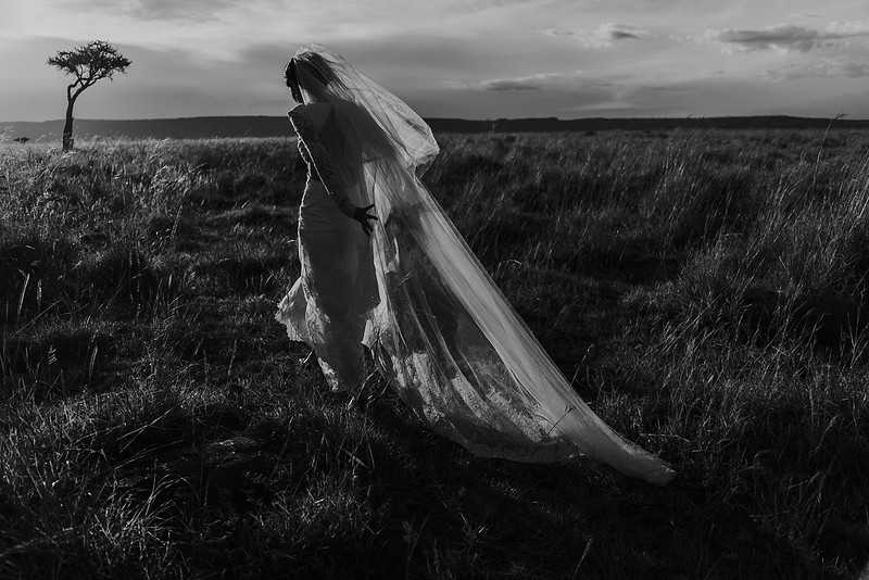 Tu-Nguyen-Destination-Wedding-Photographer-Europe-Videographer-2.jpg