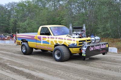Blackstone Valley Beagle Truck pull