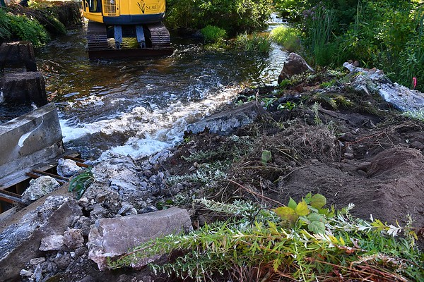 Dam Breach and Removal