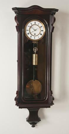 VR-419 Miniature Viennese Timepiece by Kappel C