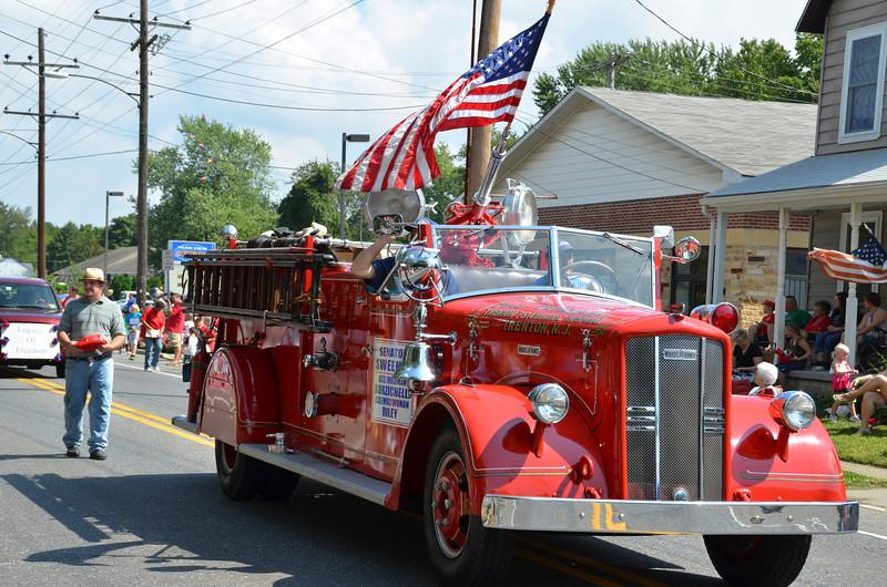 2012 Septemberfest Parade212.jpg