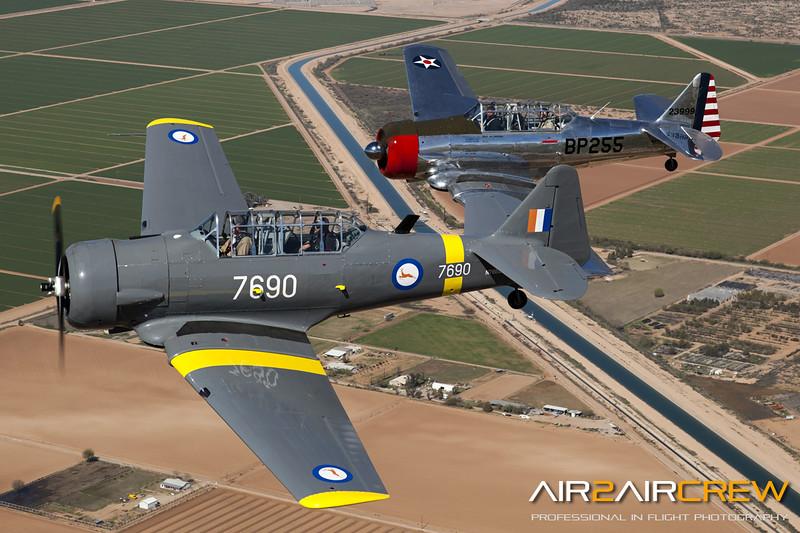 N76BZ-&-N3158G_Wings-of-Flight_T-6_MG_3335.jpg