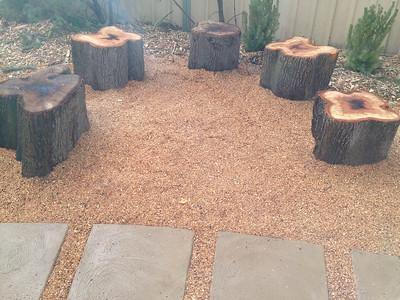 log round seating