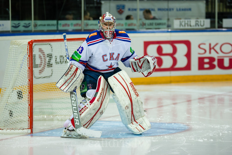 Goaltender of SKA Saint Petersburg Ezhov Ilya (33)