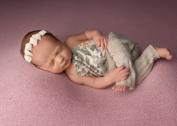 Newborn: Karlina