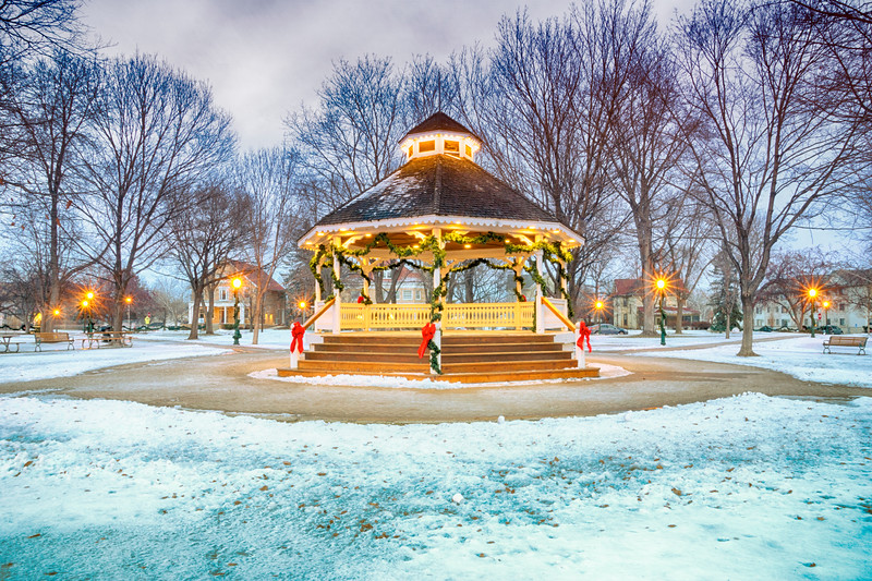 Chaska Carver, City Square Park-hdr.jpg