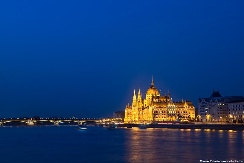 Budapest_DSC9079-web.jpg