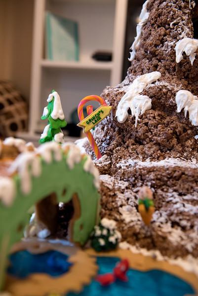 Gingerbread House-14.jpg
