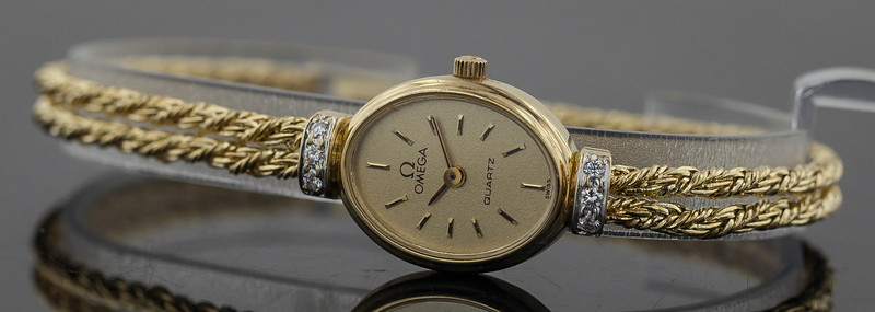 gold watch-2097.jpg