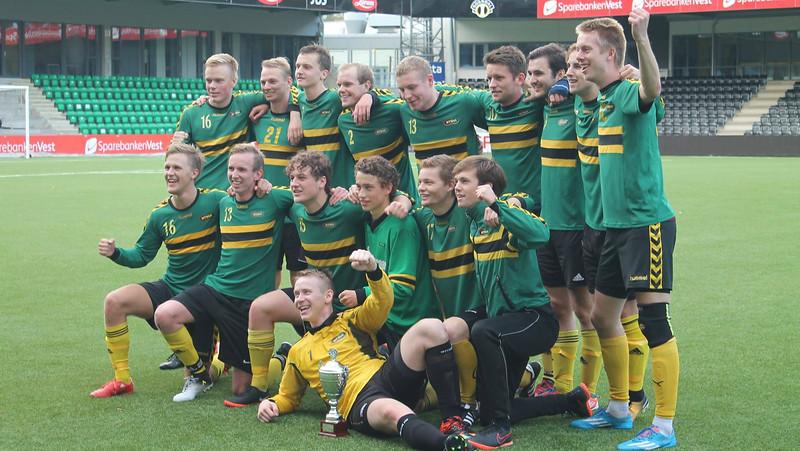 Fotball herrer croppet.jpg