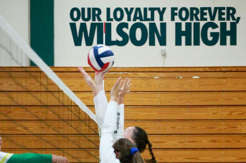 Wilson Girls Volleyball 2019 Edmund Devereaux Sabot Images-256.jpg