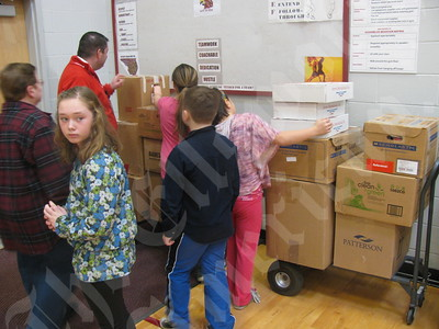 EEMS Students Give to Sandy Victims