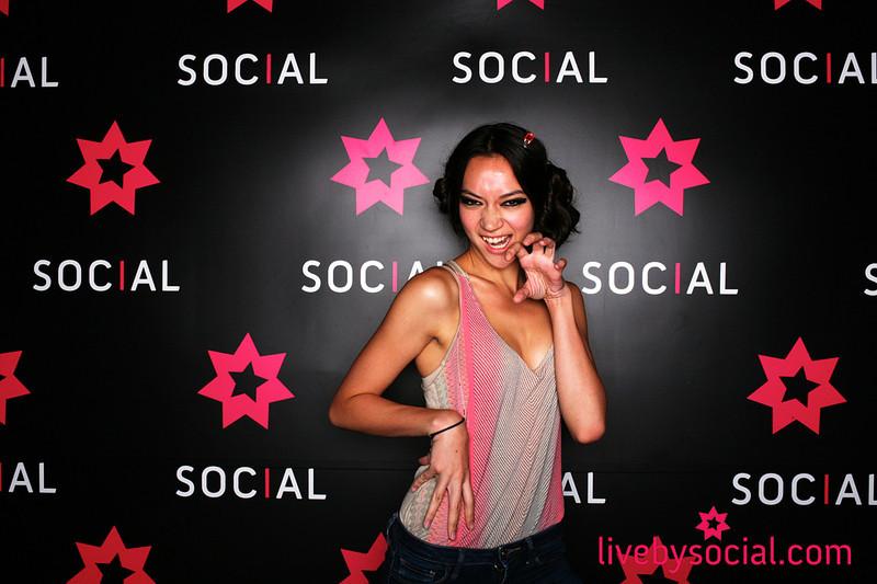 Social 008.jpg