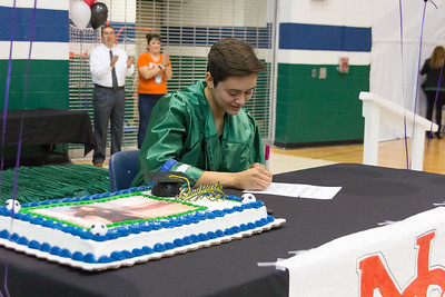 Montwood High School Rebeca Cuellar Signing