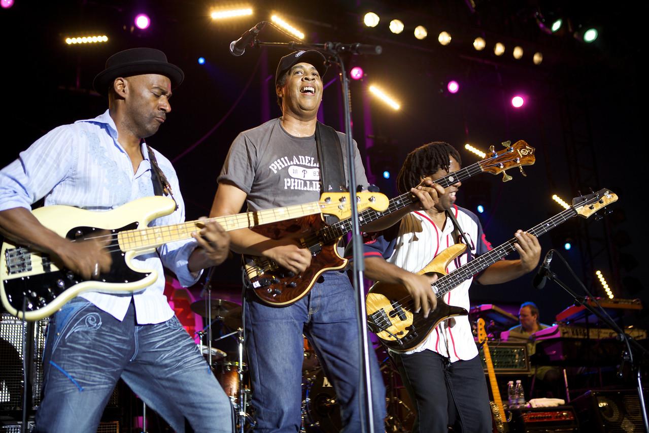 Stanley Clarke, Marcus Miller, Victor Wooten in concert at Jazz à Juan 2009