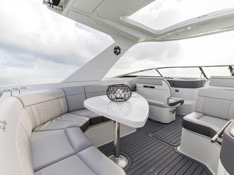 2020-SLX-R-310-outboard-cockpit-seating-01.jpg