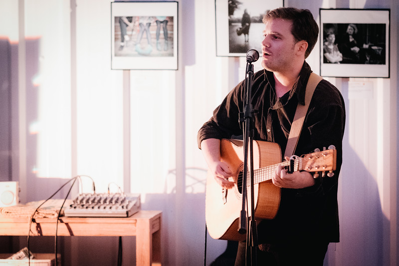 Thom Morecroft performs at Arch Sixteen Cafe in Gateshead. 26.10.17