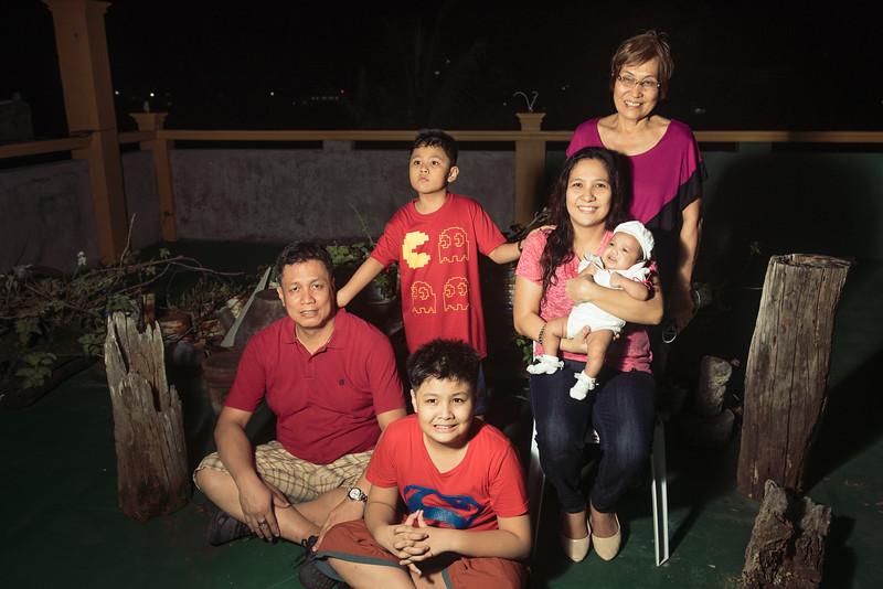 Velardes Family Portrait-16.jpg