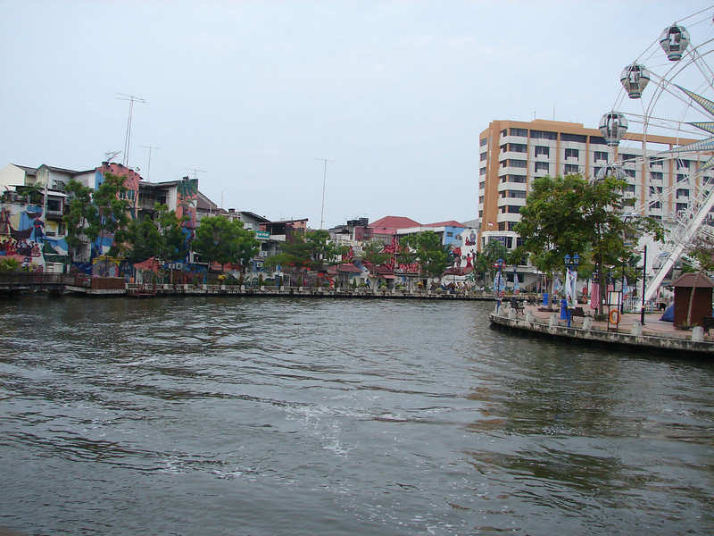 On our river walk with Historian Arhchoo in Malacca (6).JPG