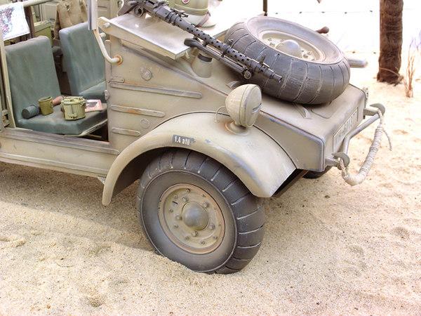 DAK Kubelwagen 01.JPG