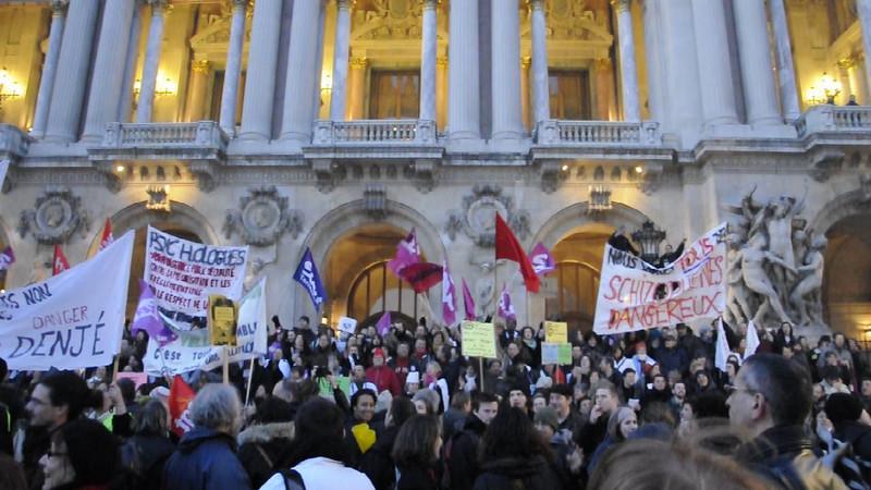 © Felipe Popovics Video Opéra National de Paris, Palais Garnier Grève générale, 29-Jan-2009