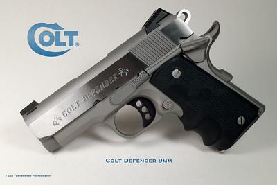 Colt Defender - 9mm