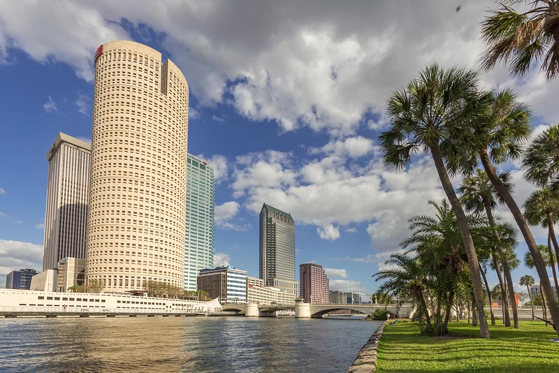 tampa skyline waterfront park-1.mp4