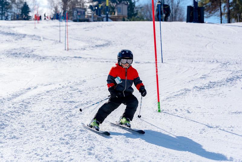 Standard-Race_2-3-18_Snow-Trails-73420.jpg