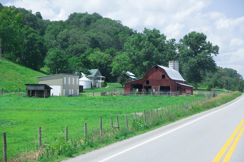 Western WV, US-35 Barn