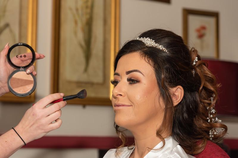 01 Bridal Prep-99.jpg