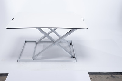 Flex Desk (Unretouched)
