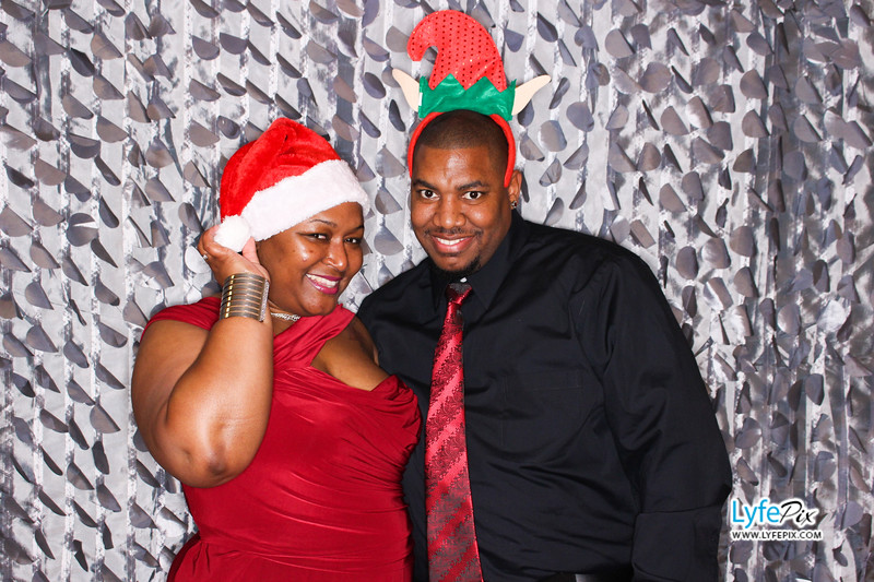 red-hawk-2017-holiday-party-beltsville-maryland-sheraton-photo-booth-0131.jpg
