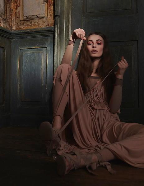 Creative-space-artists-hair-stylist-photo-agency-nyc-beauty-editorial-wardrobe-stylist-campaign-Natalie-read-10.jpg