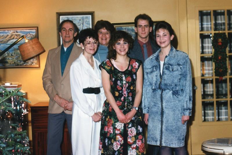 1988 Xmas.jpg