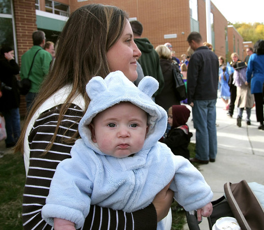 Erdenheim Elementary Halloween Parade
