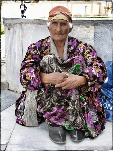 Uzbek Seated woman.JPG