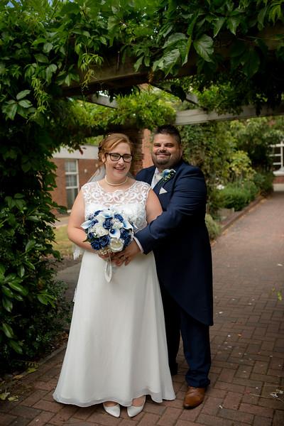 Mr and Mrs Lee-196.jpg