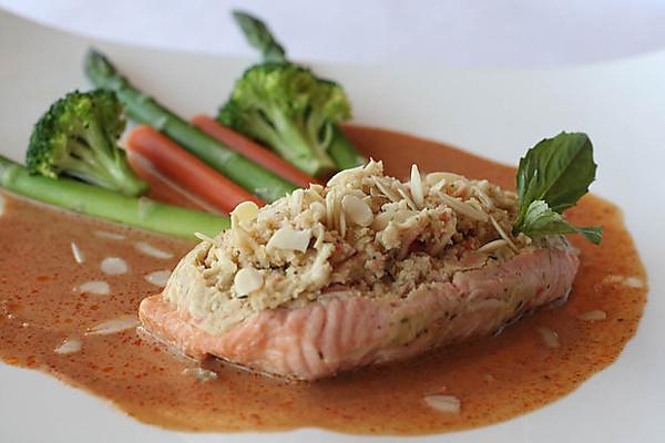 buddha_thai_bistro_salmon.jpg