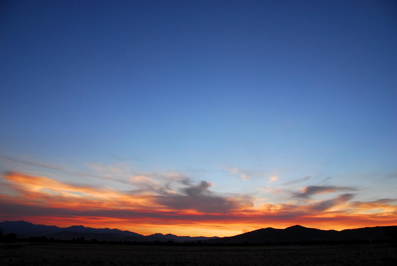 7/20/07 – Just one more great sunset made better by the smoke drifting up from the fires to the south of our valley.