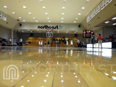 2013-11-11 FACILITIES Bonner Arnold Coliseum