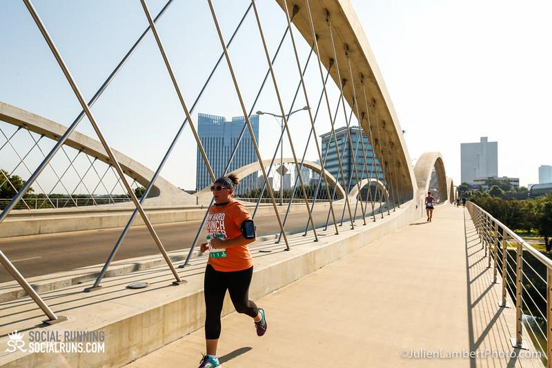 Fort Worth-Social Running_917-0566.jpg