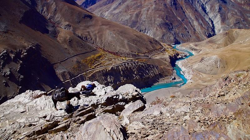 Short break with our horse in Zanskar.