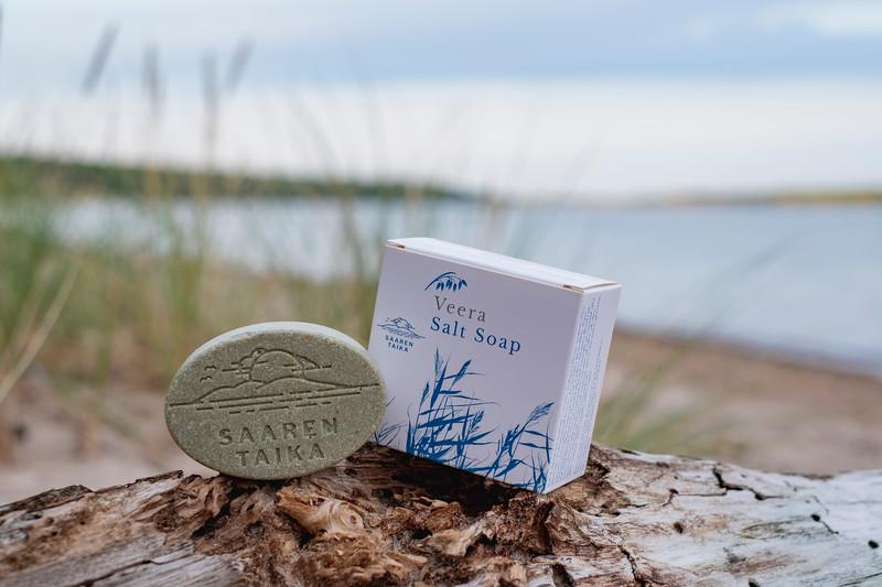 Saaren Taika teepuusaippua tea tree soap Veera suolasaippua salt soap (14 of 33).jpg