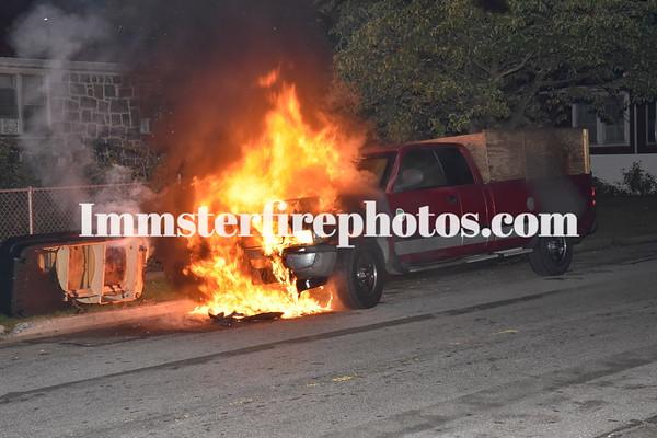 HICKSVILLE FD @ CARS ON FIRE  9-7-15